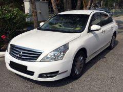 Nissan Teana (4 Passengers)